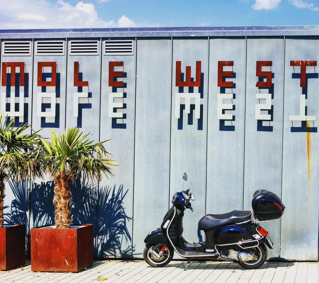 Mole West Neusiedl Christoph Cecerle Social Media Agentur Wien eaglepowder.com