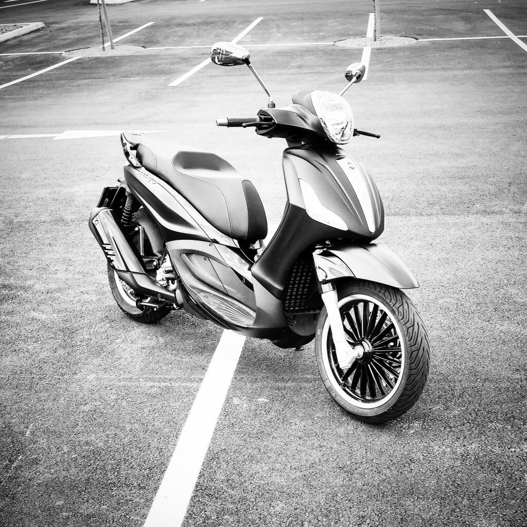 Piaggio Beverly 300ie Police by eaglepowder.com for mipiace.at
