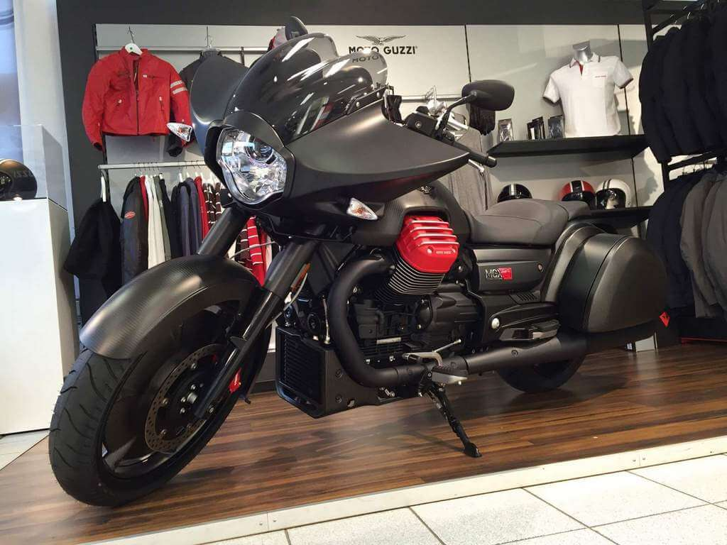 Moto Guzzi MGX-21 Flying Fortress