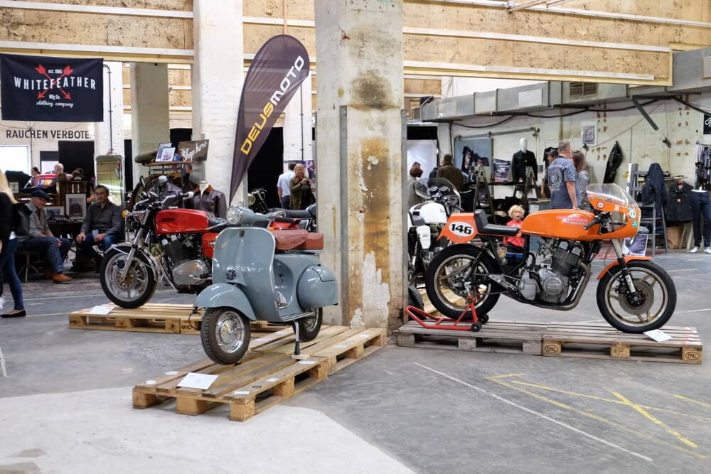 Moto Circus 2017 Eaglepowder.com Christoph@eaglepowder.com for mipiace.at