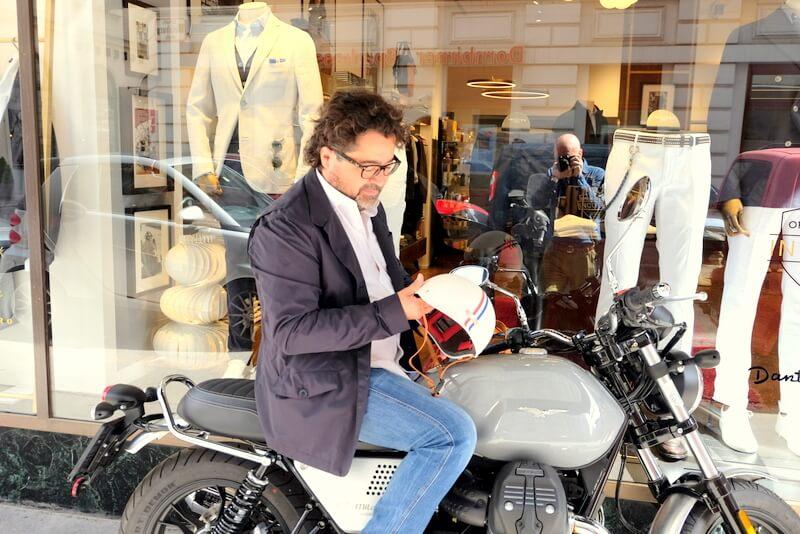 Moto Guzzi V7 III Milano Slowear Store Wien Dantendorfer