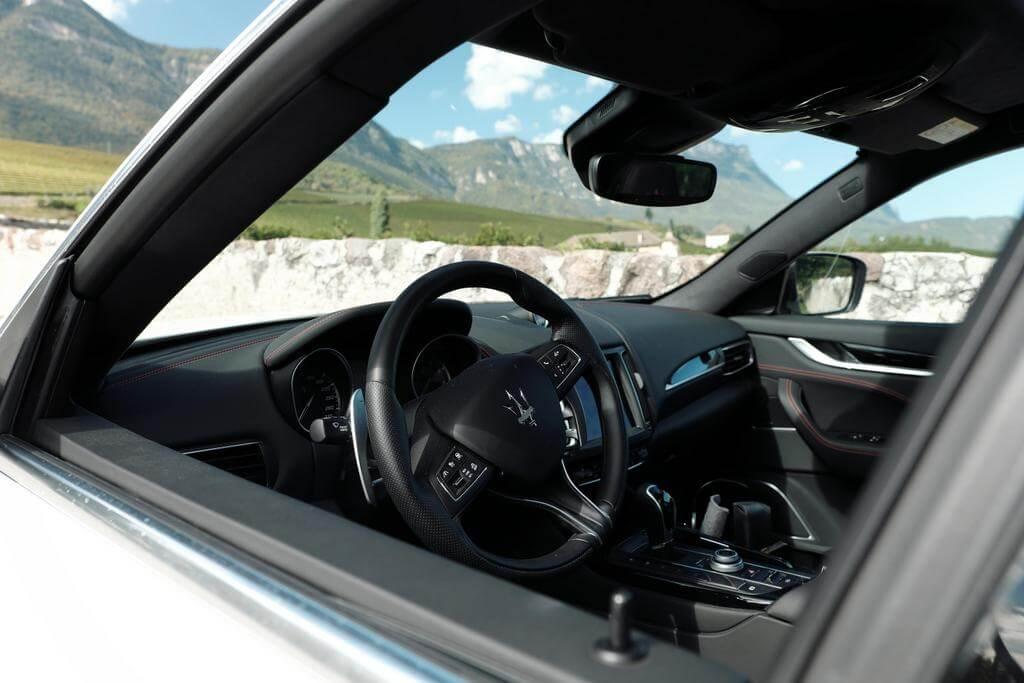 Tramin Manicor Maserati Levante
