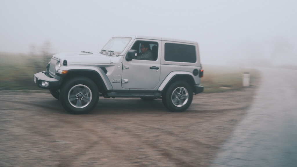 Jeep Wrangler Sahara 2.2 by Raphael Berthold Mipiace.at