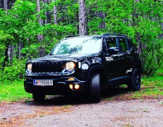 Der Jeep Renegade Upland Multijet II 140 A9 AWD